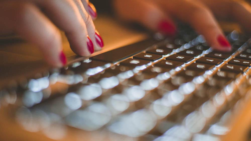 apple macbook tastatura lovily blog