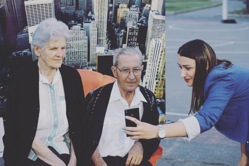 Nikad nije kasno za dobar selfi. Huawei P7 na djelu.