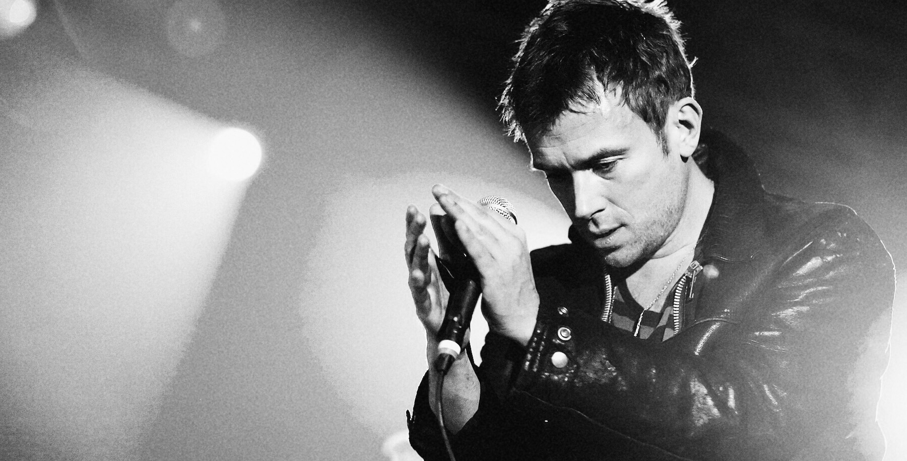 "Singer Damon Albarn - also known as frontman of the band Blur - of the British band Gorillaz performs live during a concert at the Velodrom in Berlin, Germany on November 21, 2010. The concert is part of the ""Escape to Plastic Beach World Tour 2010"" and promotes the current album ""Plastic Beach"". Photo: Monique Wuestenhagen Processed with VSCOcam with b1 preset"