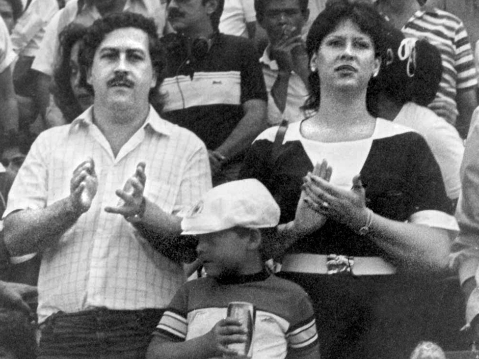 TO GO WITH AFP STORY BY LISSY DE ABREU (FILES) This undated photo shows Pablo Escobar (L), his wife Victoria Eugenia Henau (R) and their son Pablo Escobar. Colombian journalist Silvia Hoyos has just published a book with her epistolary exchange with Escobar in 1991. AFP PHOTO /EL TIEMPOHO/AFP/Getty Images